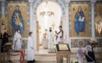 Monseigneur Antoine a célébré la Divine Liturgie en la cathédrale de la Sainte-Trinité à Paris
