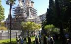 À Nice: un office en plein air pendant les travaux dans l'église Saint-Nicolas