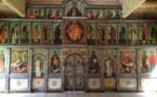 L'iconostase de l'église en bois du Séminaire orthodoxe d'Épinay-sous-Sénart a été installée